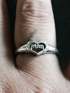 Mom heart ring