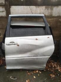 Toyota previa door