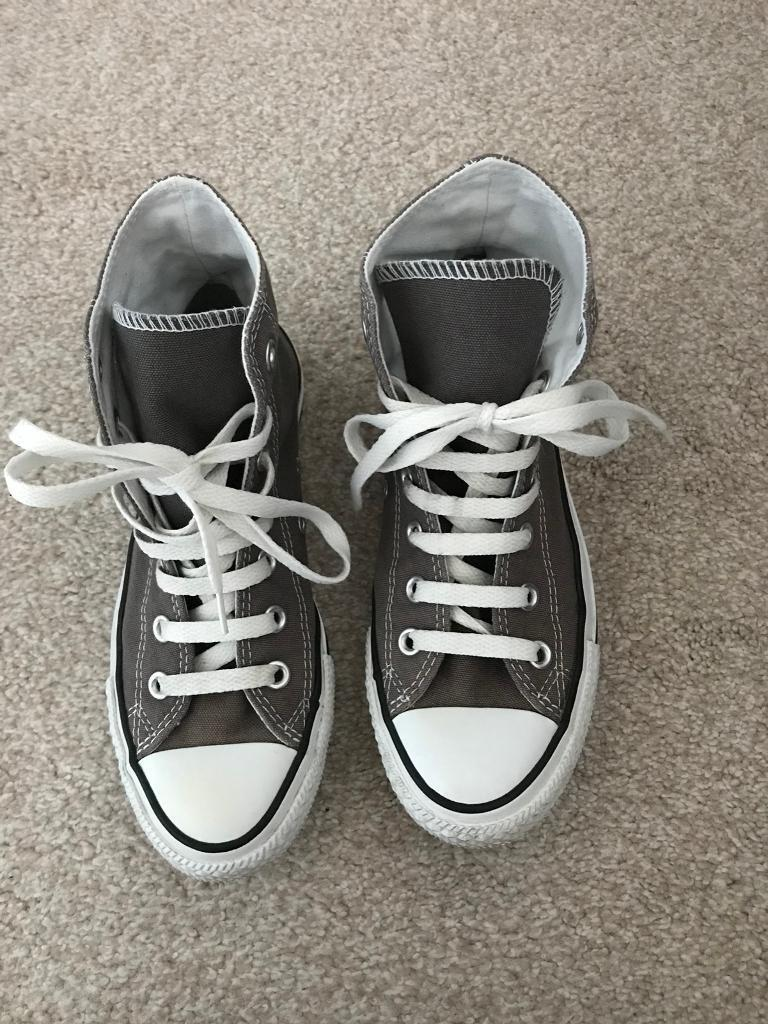 6a694c75dd08 Grey converse high tops size 5