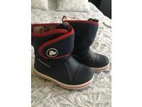 Kids crocs boots c8