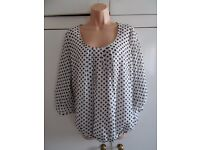 Wallis floaty top - brand new with tag