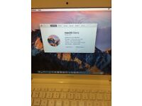 MACBOOK 13 INCH WHITE COLOUR 2010/ 500GB HDD GOOD WORKING CONDITION AND CHARGER