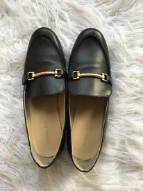 Urban Outfitters Leather Black Loafers Size 6