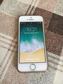 IPHONE 5s WHITE BOXED 32GB UNLOCKED VGC