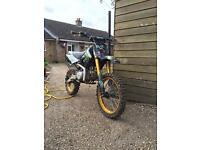 M2r 140cc big wheel dirt bike