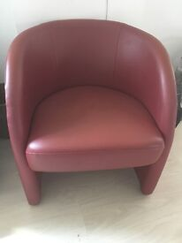 Tub Chair , very good condition
