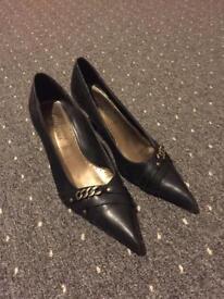 Ladies New Look heel shoes