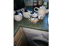 Tea for 0ne teapots