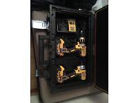 Brand new 18 vault dewalt drill and driver set
