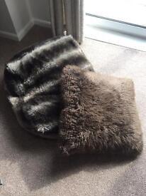 2 x brown pouffe cushions £25 ono