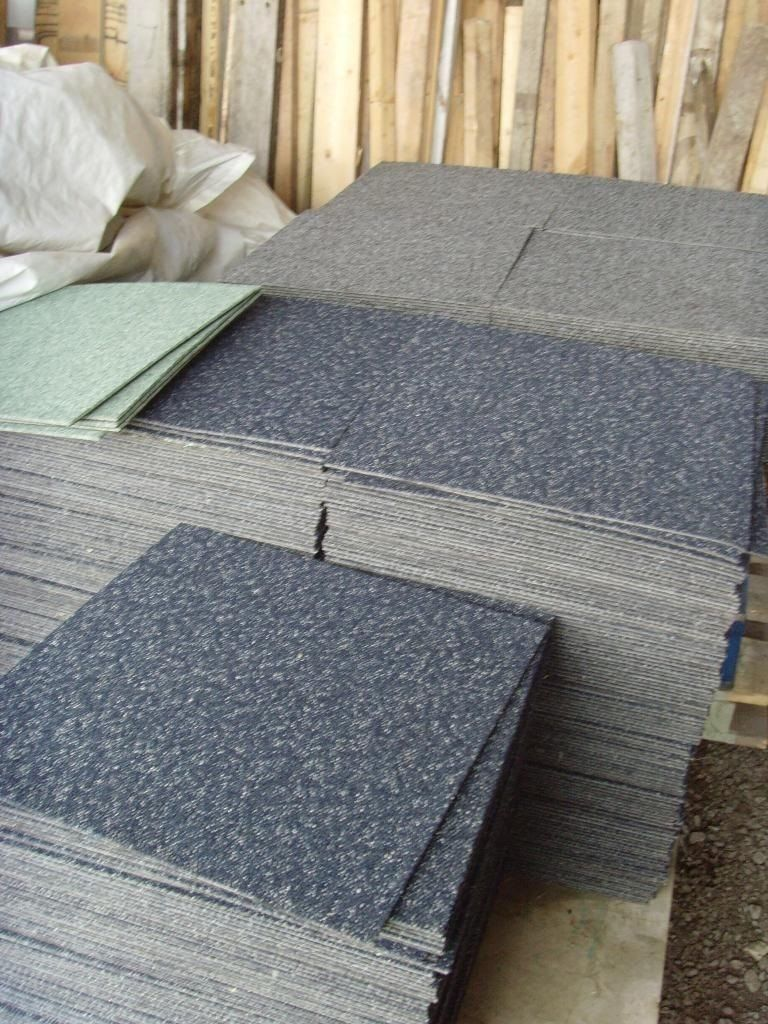 Cheap Carpet Tiles Red Fleck Or Green Fleck In Woburn