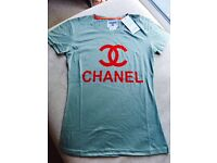 Woman's Chanel T-Shirt Small