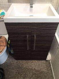 Walnut 600 vanity unit with sink