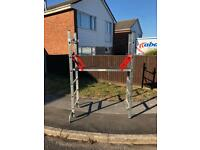 YOUNGMAN PRO-DECK 6 RUNG WORK PLATFORM WITH SHORTY DOUBLE A-FRAME EXTENSION LADDER RELISTED