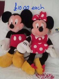 "Genuine 20"" Disney Mickey and Minnie Mouse"