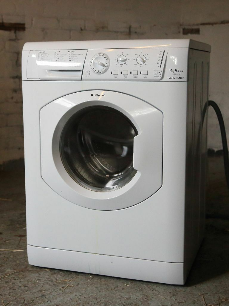 Hotpoint Washing Machine Spares hotpoint washing machine, a+++, 9kg, approx. 3 years old - spares