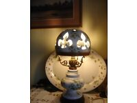 vintage potter table lamp