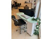 Nail table for rent in busy salon TW3 Hounslow High Street