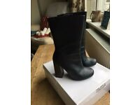 Black Leather High Heeled Boots Size 5