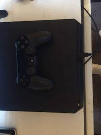 PS4 500GB Comes with controller