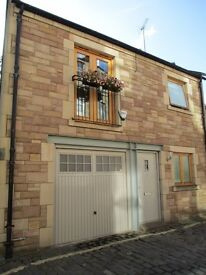 Short term - Fully Furnished - 3 Bed House to rent in central Edinburgh.