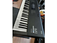 Vintage Korg M-1 Workstation ,Synth, Synthesizer, Keyboard , Piano.+ Hard case, Manual ,Ex/Condition