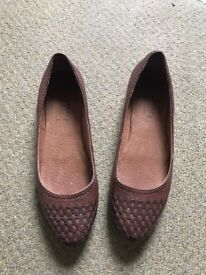 Fat face flat shoes size 6