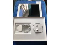 iPad 6 generation, it is gold 32gb with WiFi and cellular EE network