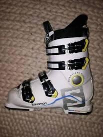 Kids Salomon ski boots 24 mondo point