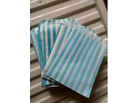 100 blue striped sweet bags