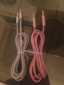 2 Aux cables