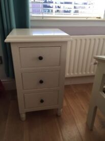 Bedroom Furniture for sale £300 Excellent condition.