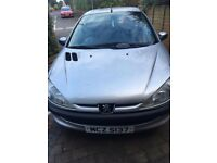 MUST SEE LOW LOW PRICE- 2002-206-Peugeot-LX-6 Month MOT -AC- New clutch, New tyres-CLEAN-non smoker