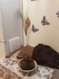 brown curtains ,swags with vase and deco bowl FREE DELIVERY
