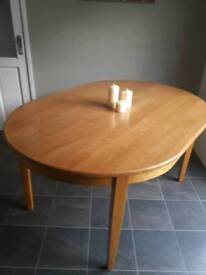 Lovely Oval wood Dnning table