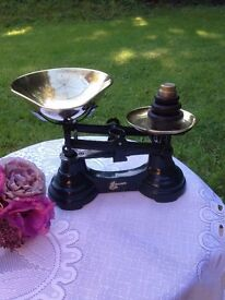 Green Kitchen Scales with weights