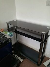 Tv table in good condition!
