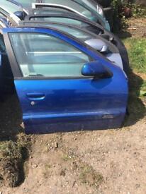 Citroen xsara 2001 drivers door blue