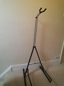 Gig stand for Double Bass, with bag. Easy to put up.
