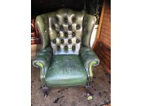 Retro distressed leather chesterfield chair