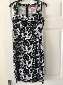 Ladies boohoo dress size 10