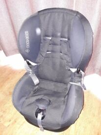Maxi Cosi child car seat