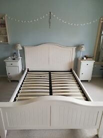 Ivory solid wood double bed