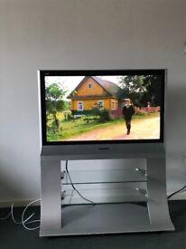 "Second hand Panasonic color TV 37"""