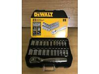 DE WALT 23 PIECE SOCKET SET (BRAND NEW)