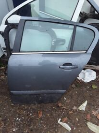 VAUXHALL ASTRA SXI 2005 BOTH REAR DOORS COMPLETE