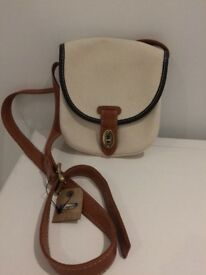 BRAND NEW WITH TAG ladies Fossil Hand bag