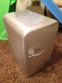 IceQ Portable 15 Litre Mini Fridge Silver