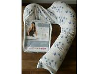 Dreamgenii Pegnancy Support & Feeding Pillow