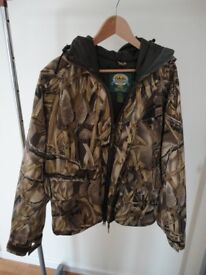 Hooded camoflage Cabelas Waterfouling waterproof breathable insulated jacket Medium Regular vgc £50